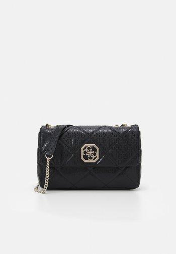 DILLA - Across body bag - black