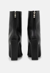 RAID - ALEENA - Kotníková obuv na vysokém podpatku - black - 3