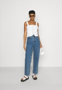 Missguided - FLORAL BRODERIE CORSET  - Top - white - 1