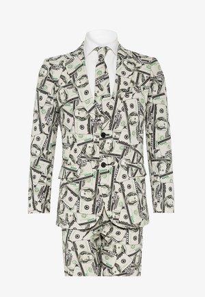 Suit - cashanova
