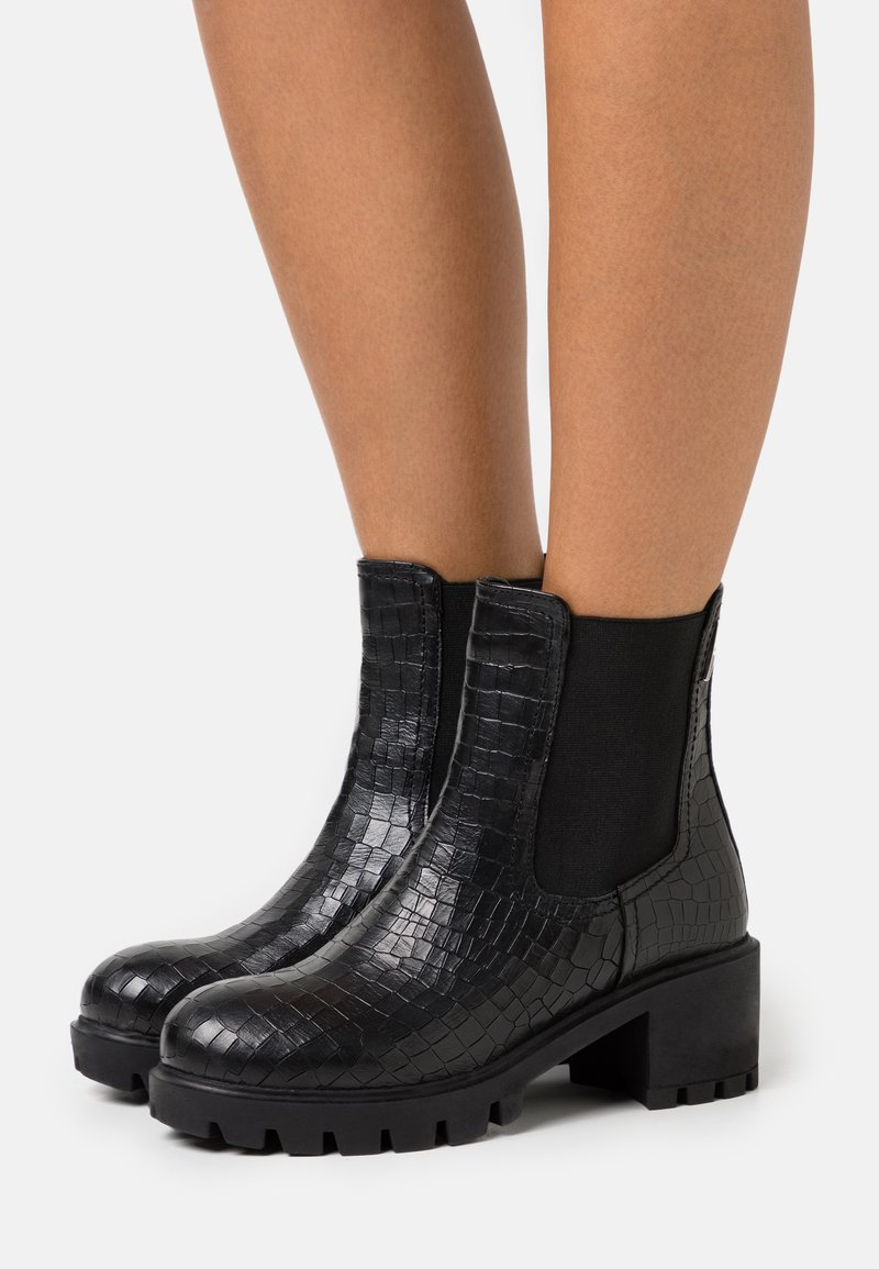 Les Tropéziennes par M Belarbi - ZANGE - Platform ankle boots - noir