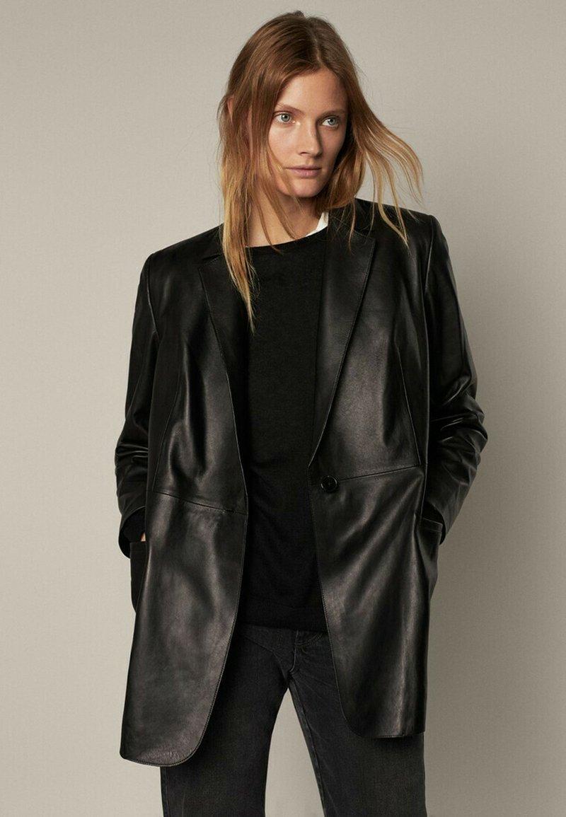 Massimo Dutti - MIT GÜRTEL - Leather jacket - black