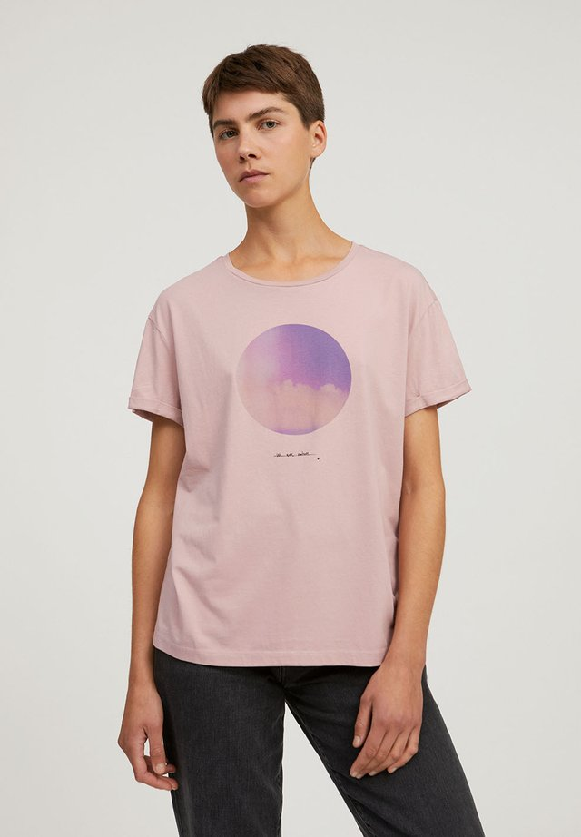 NAALIN - T-shirt print - kinoko