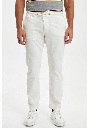 Tygbyxor - white