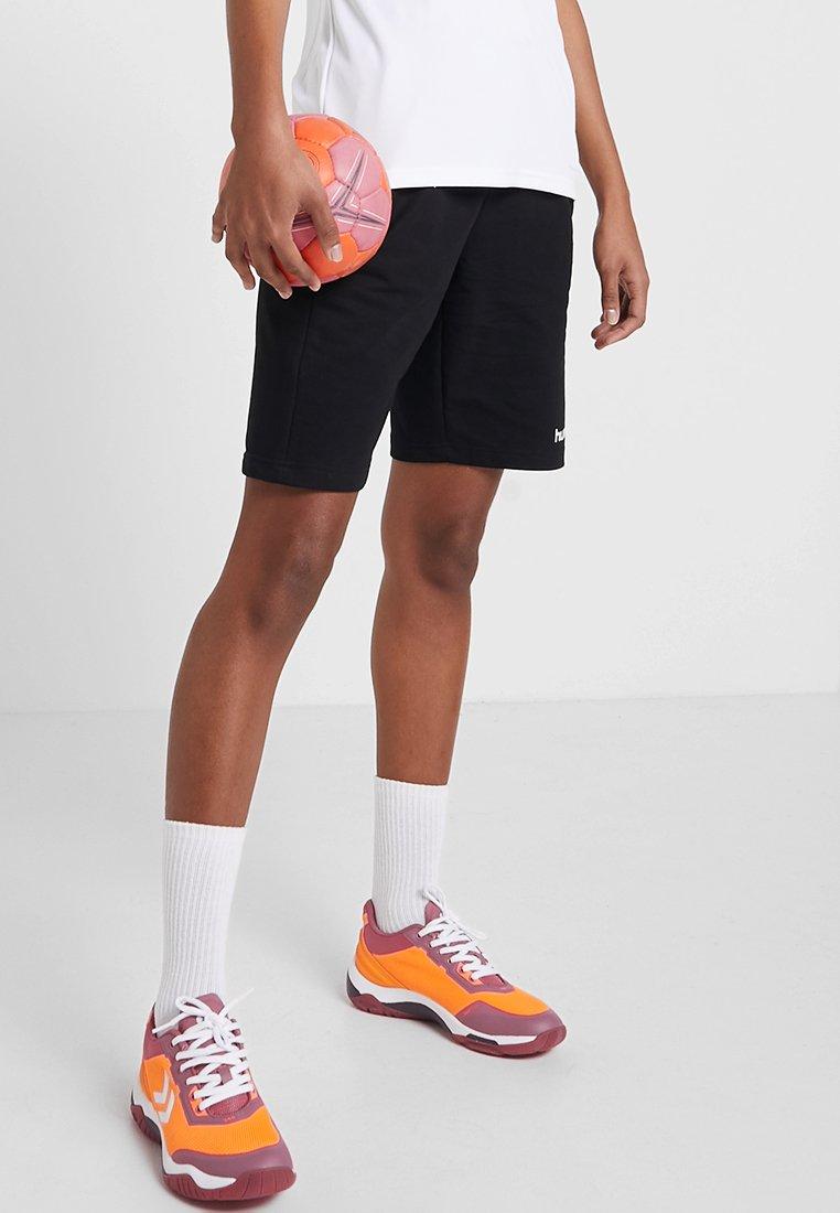Damen HMLGO BERMUDA - kurze Sporthose