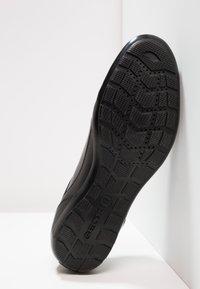 Geox - SYMBOL - Sznurowane obuwie sportowe - black - 4