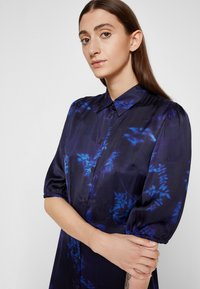 PS Paul Smith - DRESS 2-IN-1 - Shirt dress - dark blue - 7