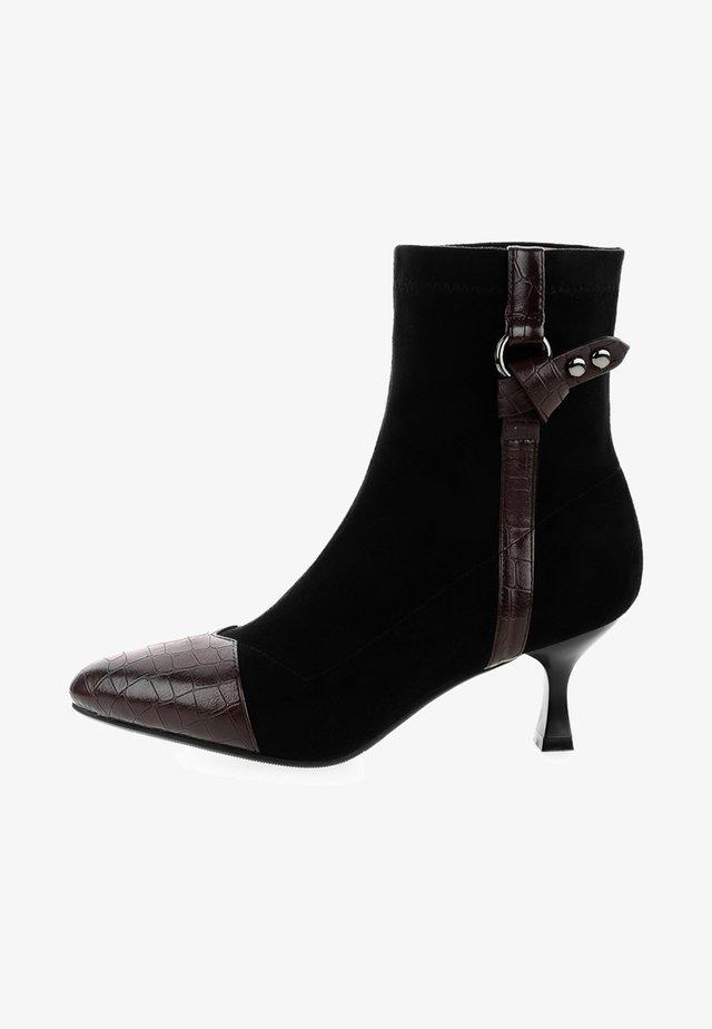 SACCOLONGO - Korte laarzen - black