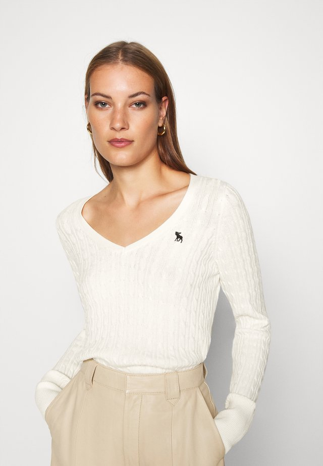 ICON CABLE VNECK - Pullover - cream
