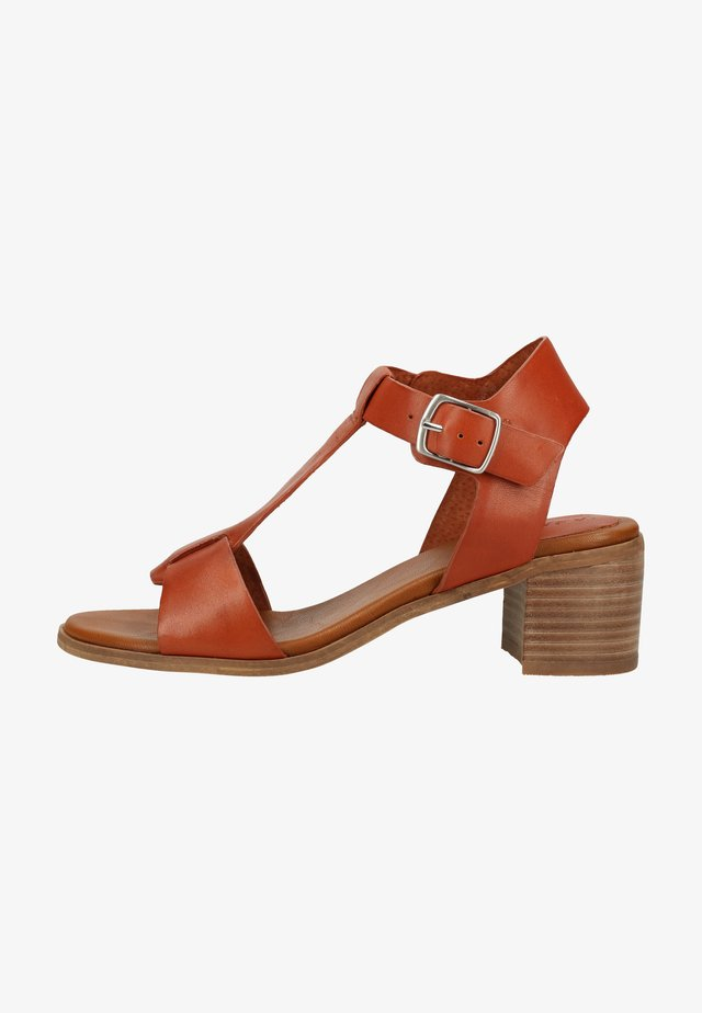 Ankle cuff sandals - brick red