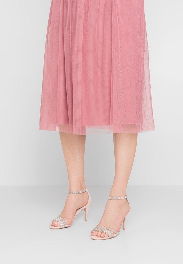 GENESIS - Sandaler - pale pink