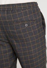 Burton Menswear London - WINDOW - Kalhoty - mid grey - 5