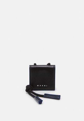 AIRPODS HOLDER UNISEX - Other accessories - black/navy blue