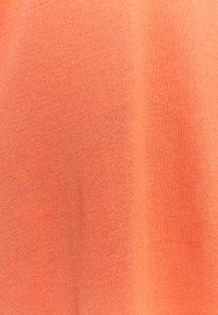 Expresso - DORINDE - Print T-shirt - coral - 2