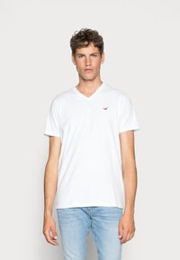 Hollister Co. - 3 PACK - T-shirt basique - black/white/grey - 2