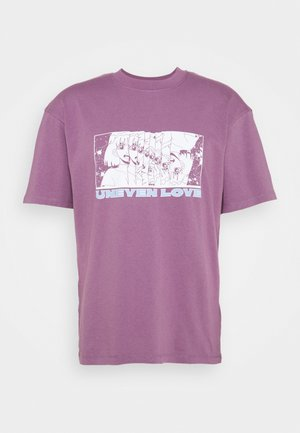 UNEVEN LOVE UNISEX - Camiseta estampada - chinese violet