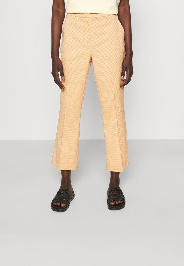 JASABI CHECK TROUSER - Broek - light orange