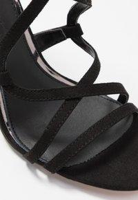 Buffalo - JAMILA - Korolliset sandaalit - black - 2