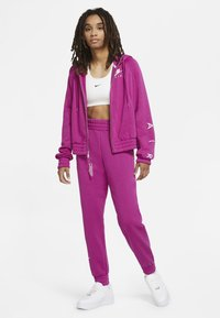 Nike Sportswear - Zip-up hoodie - cactus flower/white - 1