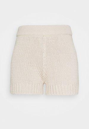 CHUNKY - Shorts - peyote