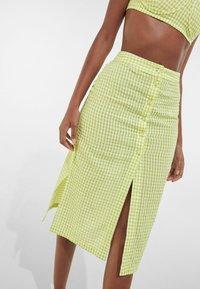 Bershka - A-line skirt - yellow - 3