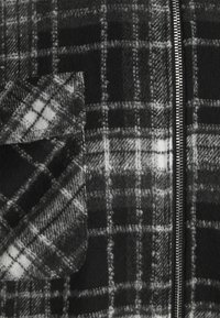 Pegador - FONTANA HOODED ZIP HAIRY JACKET UNISEX - Chaqueta fina - black - 10