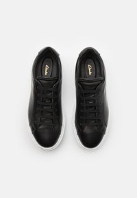 Clarks - HERO LITE LACE - Trainers - black - 3