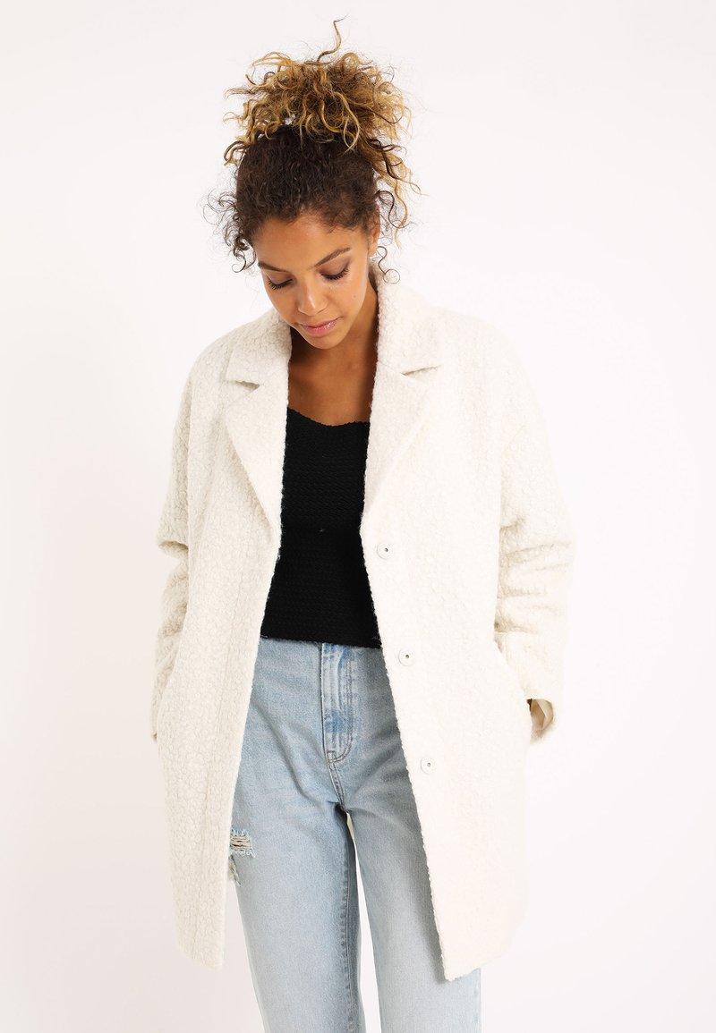 Pimkie - Zimní kabát - altweiß