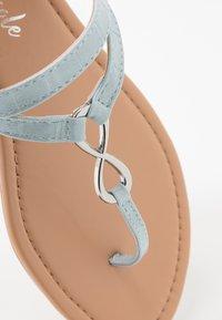 New Look - HOOPER - Flip Flops - mid blue - 5