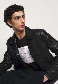 KARL LAGERFELD - Sweatshirt - black/white - 3