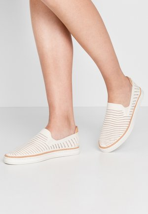 SAMMY BREEZE - Slip-ons - offwhite