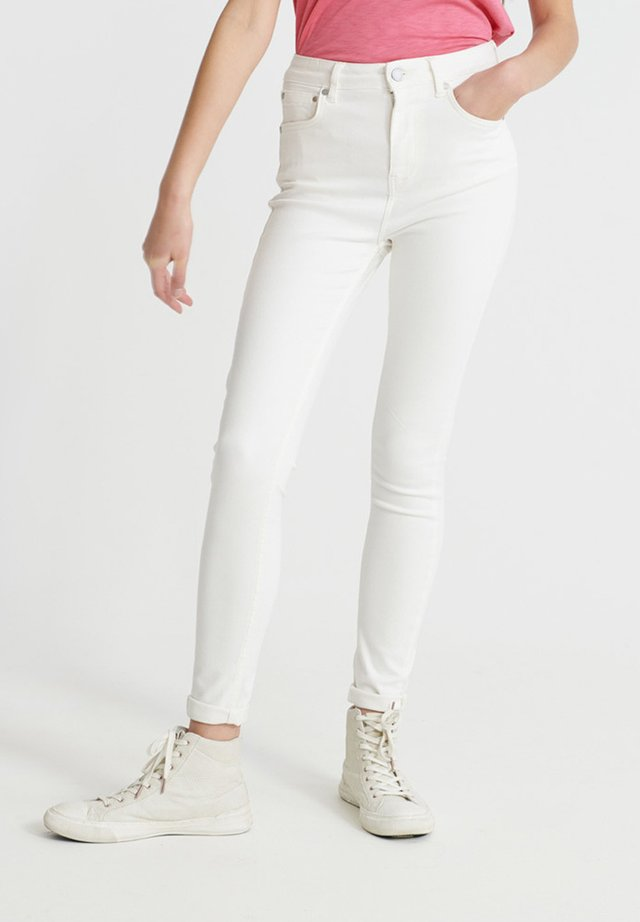 HIGH RISE - Jeans Skinny Fit - denim optic white