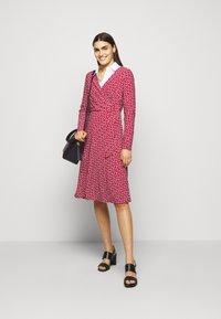 Lauren Ralph Lauren - PRINTED MATTE DRESS - Jerseyklänning - orient red - 1