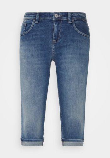 JODY - Denim shorts - frosty wash