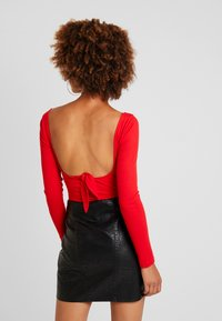 Fashion Union - ZESTY - Long sleeved top - red - 2