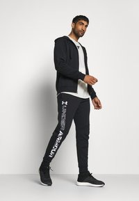 Under Armour - RIVAL HOODIE - Sweatjakke /Træningstrøjer - black/onyx white - 1