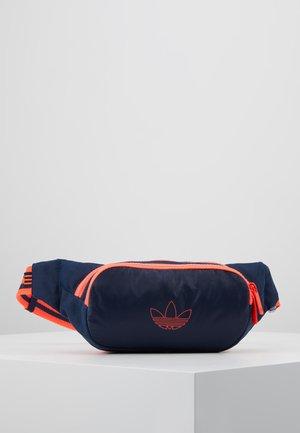 WAISTBAG - Bum bag - nindig