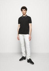 True Religion - ROCCO COMFORT - Slim fit jeans - white - 1