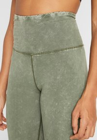 Cotton On Body - WASHED BACK - Tights - khaki - 4