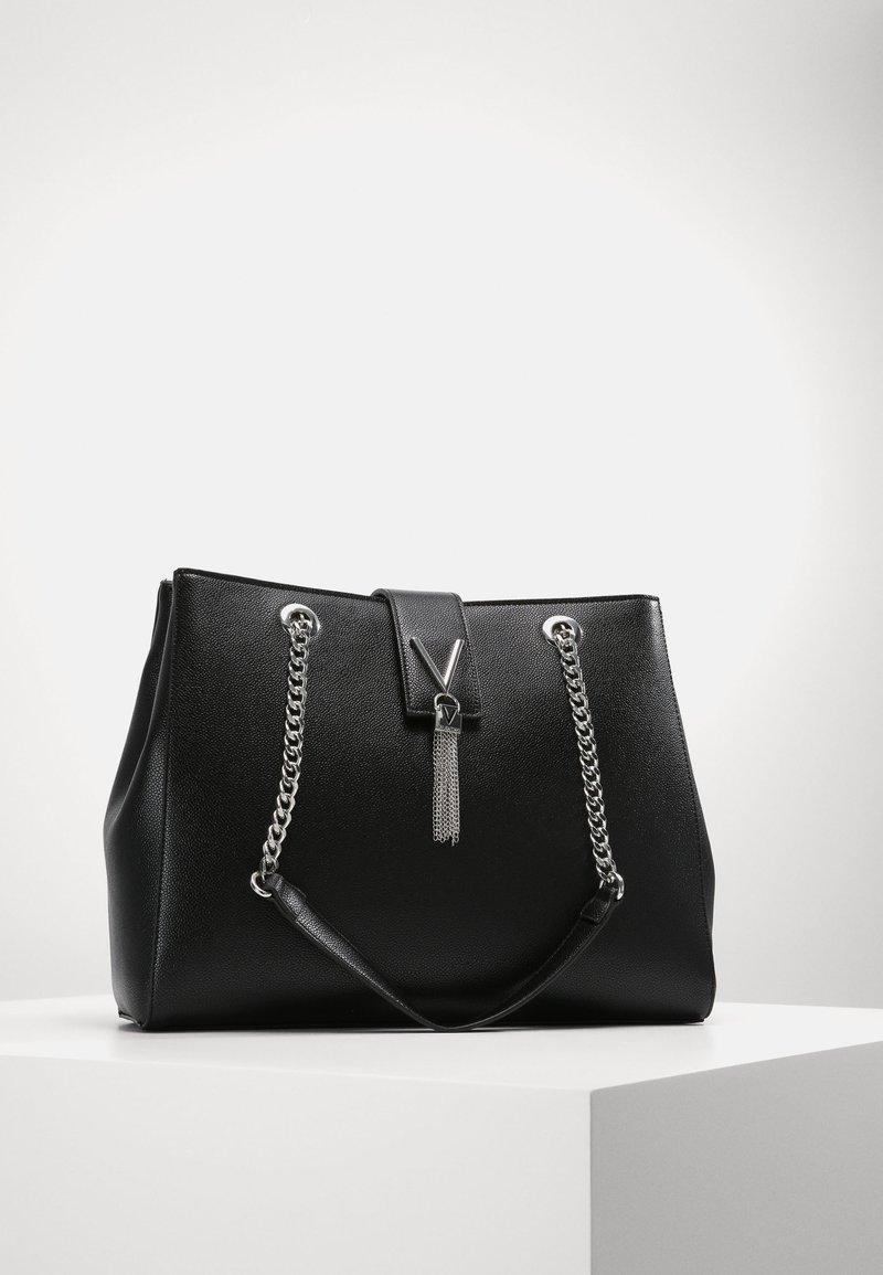 Valentino Bags - DIVINA - Shoppingveske - nero
