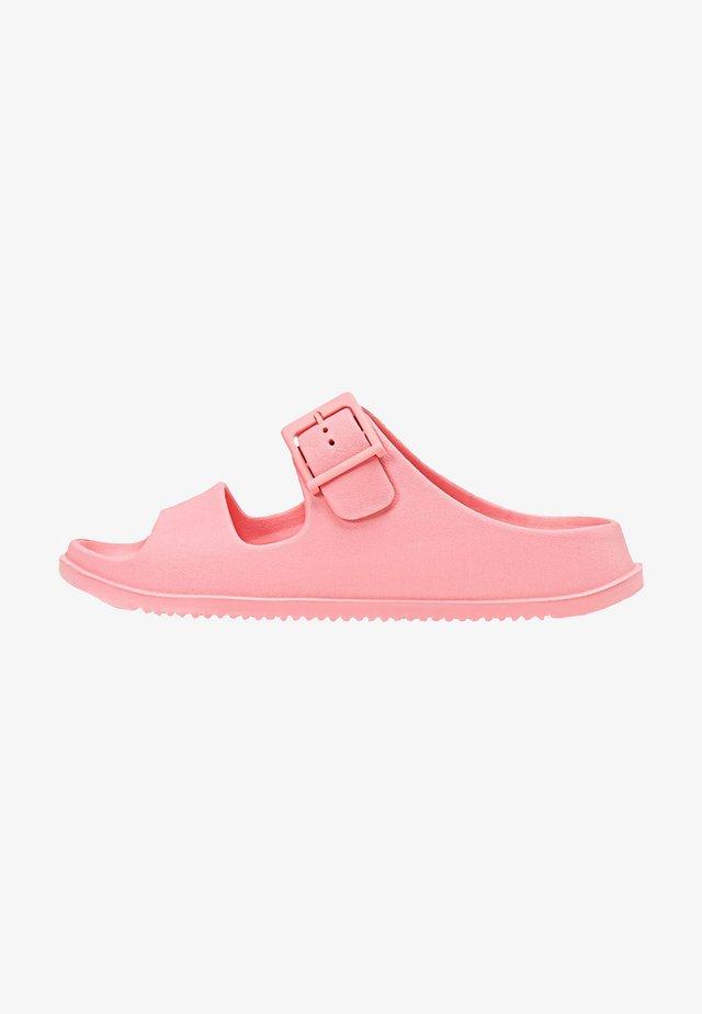 RUBBERISED - Klapki - pink