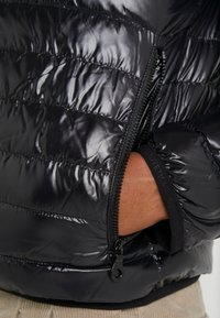 Duvetica - MARFAK - Down jacket - nero