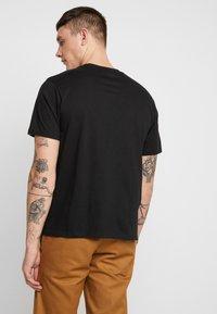 Element - EDDIE - Print T-shirt - flint black - 2