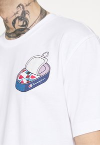 Champion Rochester - CREWNECK - T-shirt imprimé - white - 3