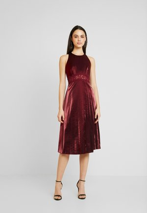MIDI SHINECLOTH - Cocktailkleid/festliches Kleid - red