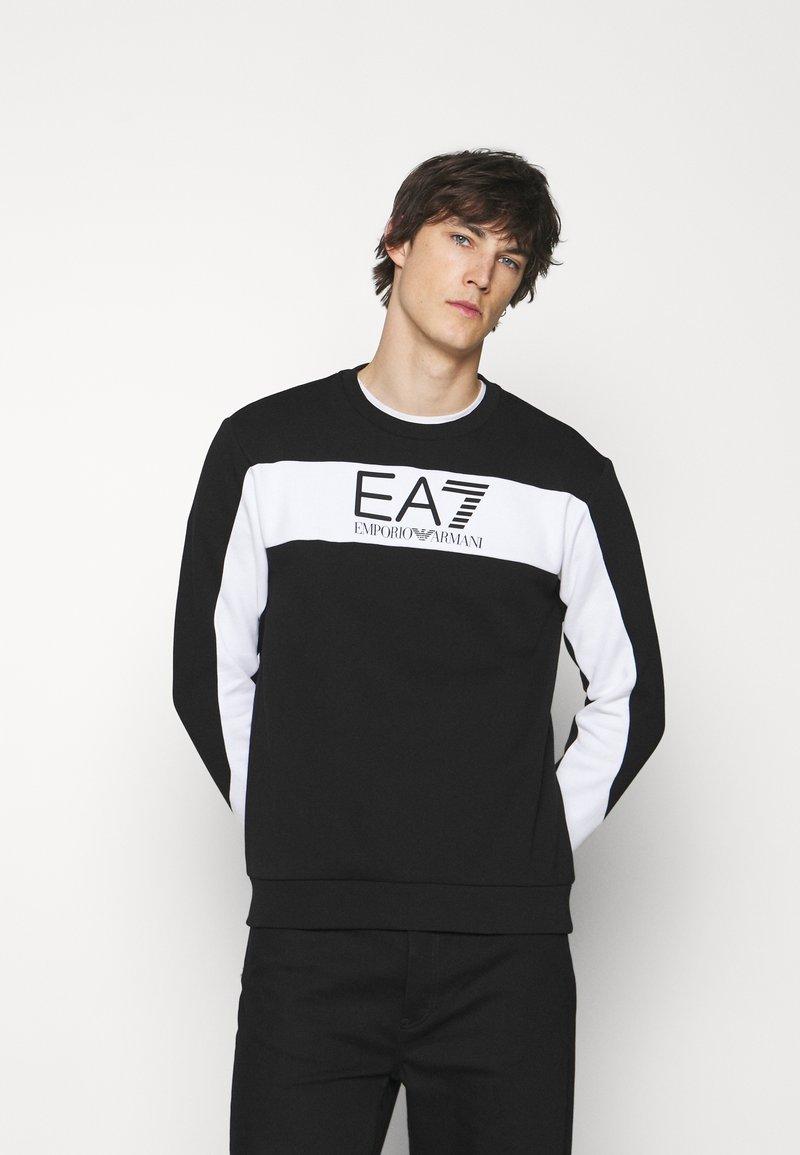 EA7 Emporio Armani - Collegepaita - black/white