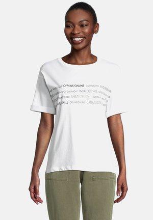 MIT PLACEMENT - Print T-shirt - white/khaki