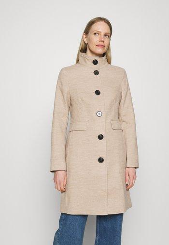 COAT - Klasyczny płaszcz - beige