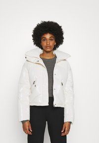 Molly Bracken - YOUNG LADIES WOVEN PADDED JACKET - Winter jacket - offwhite - 0