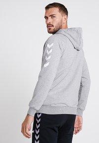 Hummel - ZIP HOODIE - Zip-up hoodie - grey melange - 2